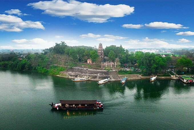 Thien Mu Pagoda lying by the iconic Huong (Perfume) River is a top tourist destination in Hue. Photo by VnExpress/Vo Thanh.