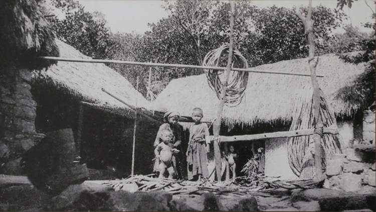 A family of the old Saigon.