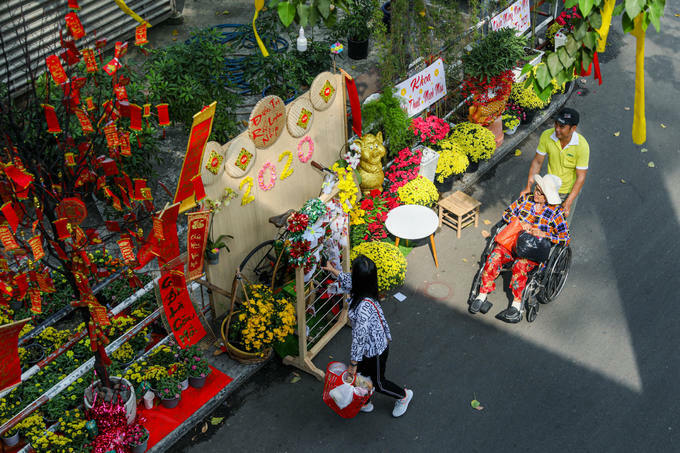 Patients frequently go out to enjoy Tet's decorations here.