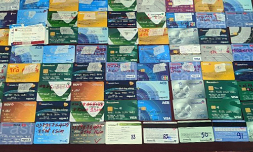 ATM cards seized by police as evidence in an online gambling ring bust, January 8, 2020. Photo courtesy of the Ministry of Public Security.