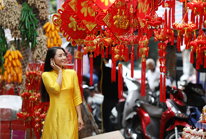 The market will open until Lunar New Years Eve, which falls on January 24 this year.