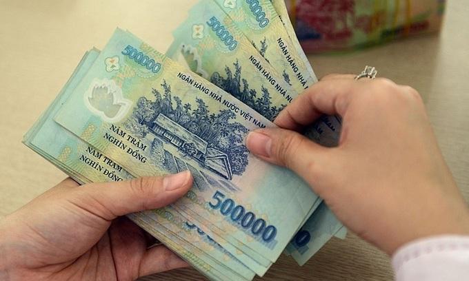 Banks not to splurge on Tet bonuses despite surging profits
