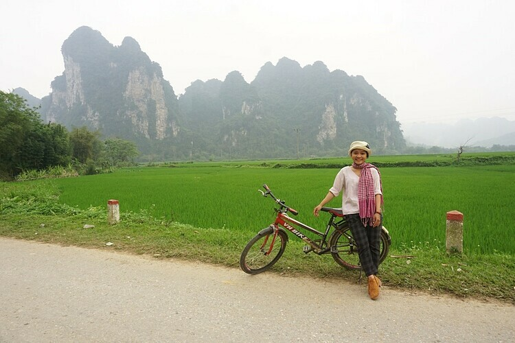 Bike-riding in Na Tong Village.