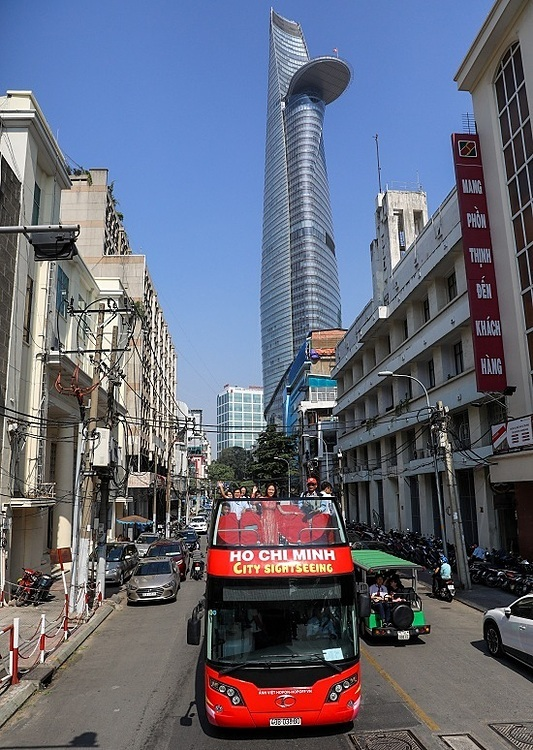 The investor of the service said they will open a new route in June, taking visitors to Cho lon area or China town located on the west bank of the Ho Chi Minh River, mainly over district five.  Double-decker buses are expected to give the tourism industry a major push and enrich the travel experience for foreign tourists, HCMCs department of transport explained.  The southern metropolis, teeming with skyscrapers, French colonial buildings and war relics, received over 8.6 million foreign visitors in 2019, up 13 percent year-on-year, according to its tourism department.  The investor is also eyeing other tourist destination cities to launch the service, including Ha Long City, Hue, Hoi An, Nha Trang, Da Lat, and Phu Quoc in the near future.