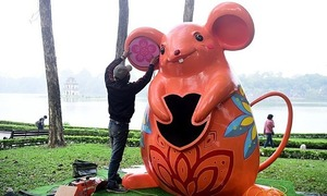 Hanoi gets decked up for Year of the Rat