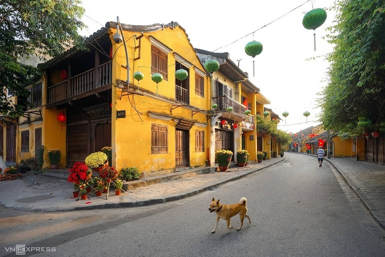 Hoi Ancient Town in central Quang Nam Province was named a World Heritage Site by UNESCO in 1999, and has ranked as one of the best travel destinations in the world many times since. Photo by Do Anh Vu.