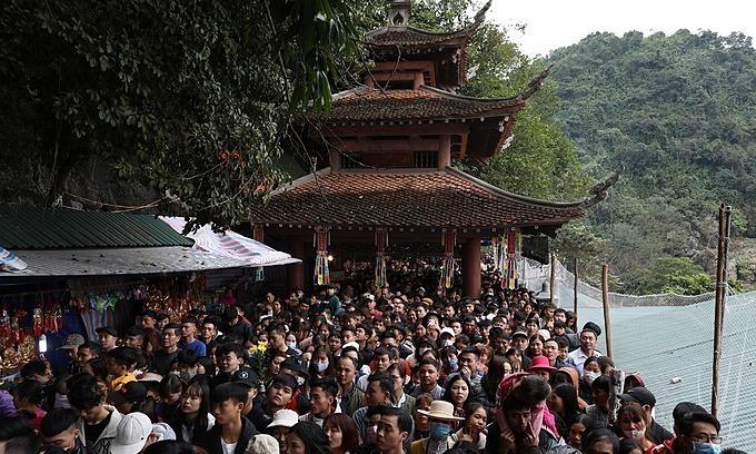 Crowded festival season fuels coronavirus anxiety