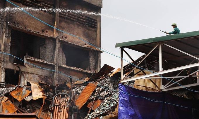 Post-fire losses darken days for light bulb maker
