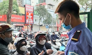 When masks became scarce, some Hanoians turned samaritans