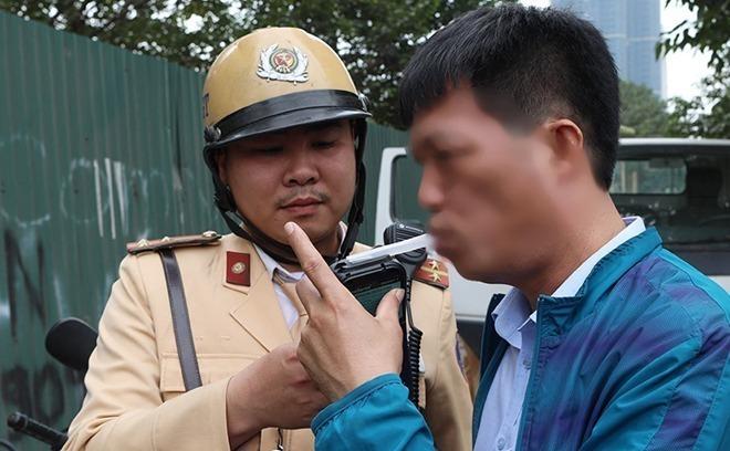 Coronavirus fears remove funnel test for drunk driving in Vietnam