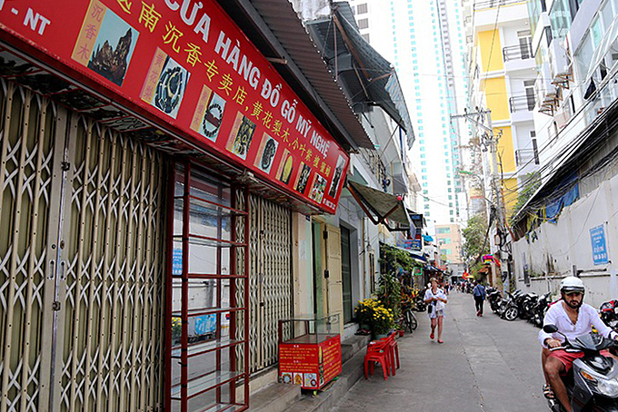 Some eateries in Nha Trang are still closed after Tet amid new coronavirus outbreak that deters Chinese tourists from visiting the town. Photo by VnExpress/Xuan Ngoc.