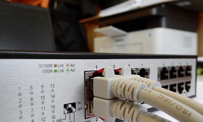 Cable repair delay slows internet speed in Vietnam