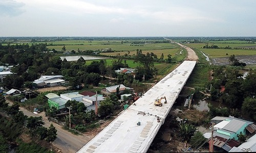 Southern expressway to open to traffic in September