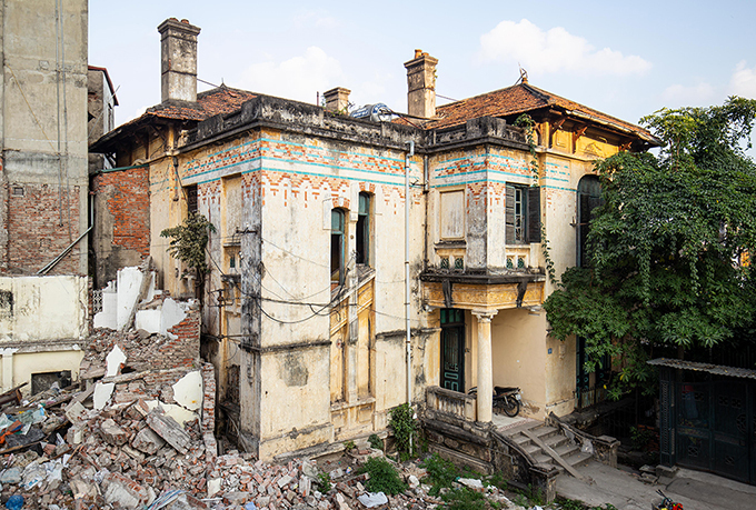 A part of the structurebefore the demolition. Photo by VnExpress/Tung Dinh.