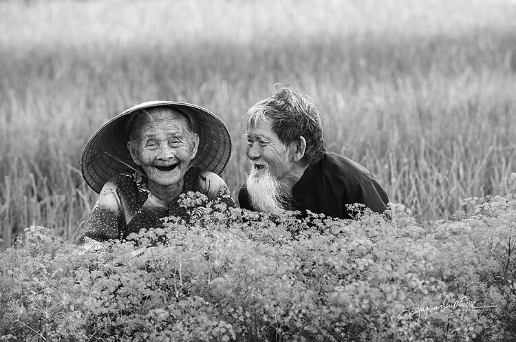 The elderly couple - Le Van Se, 96, and Nguyen Thi Loi, 88, lives in Hoi An ancient town in central Vietnam.