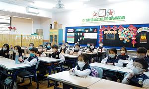 Hanoi, HCMC among localities to further extend school break