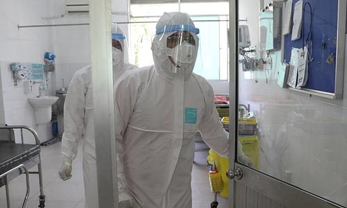 Vietnam's three-month-old coronavirus patient tests negative