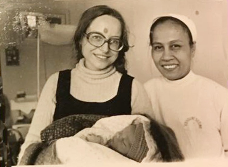 Hédiard (L) and Doctor Xiem at Maternal and Newborn Protection Institute, following the birth of Marco Thang. Photo courtesy of Marie Hédiard.