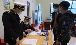 Vietnam calls on interpreters to talk Chinese, South Koreans into quarantine