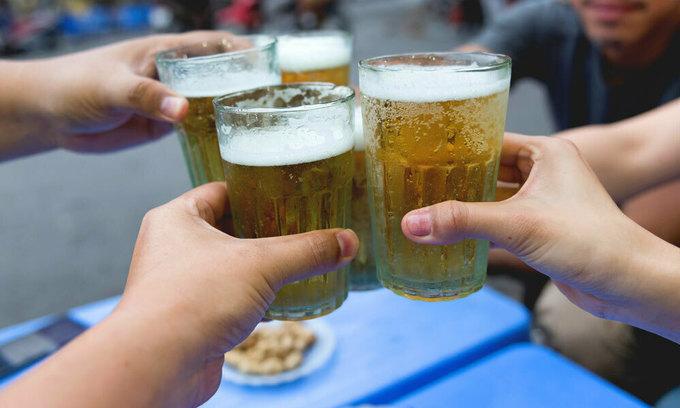 New alcohol decree requires beer establishments to display health warnings