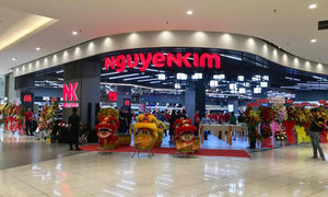 Central Group takes control of Vietnamese electronics retailer