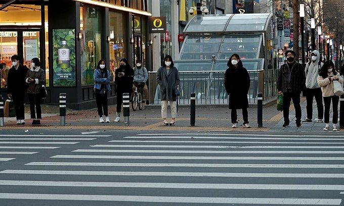 Vietnamese workers choose to stay put in coronavirus-hit South Korea