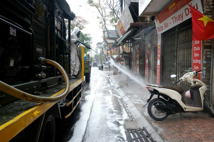 Around 13 vehicles and 70 soldiers in total are at the scene to disinfect the streets.