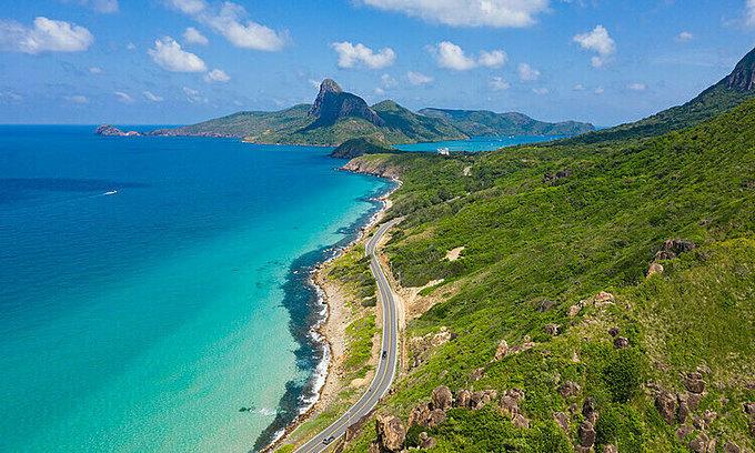 Vietnamese islands refuse tourists over coronavirus fears