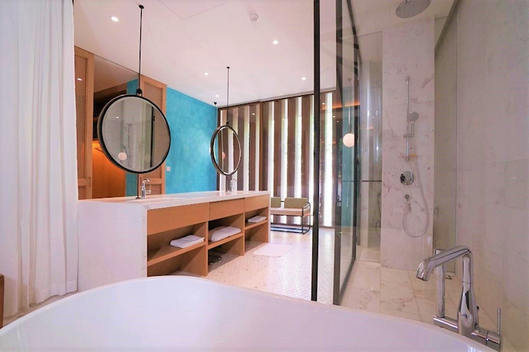 It will be an unforgettable experience to have me-time in incredible bathroom of Premier Village Phu Quoc.