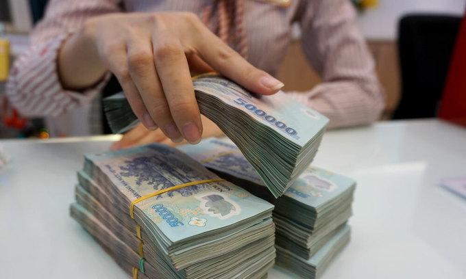 Vietnam cuts rates to boost lending amid coronavirus carnage
