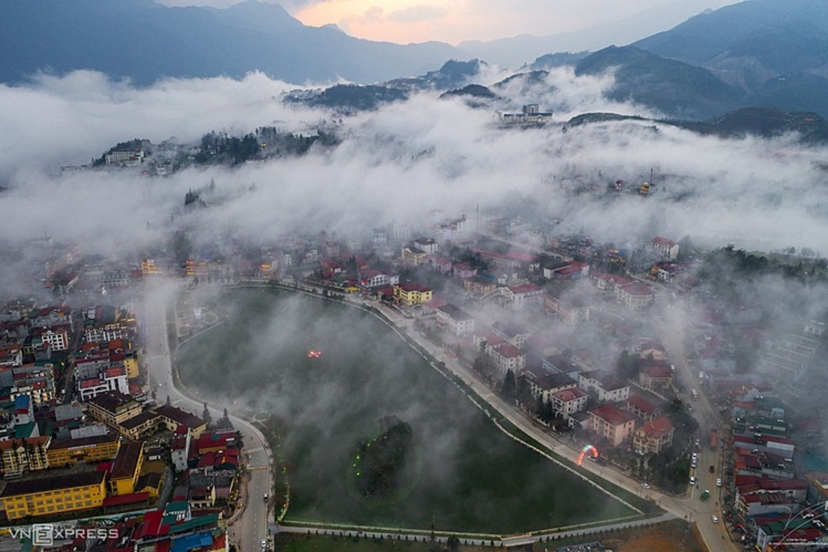 Sa Pa in thick cloud. Photo by VnExpress.