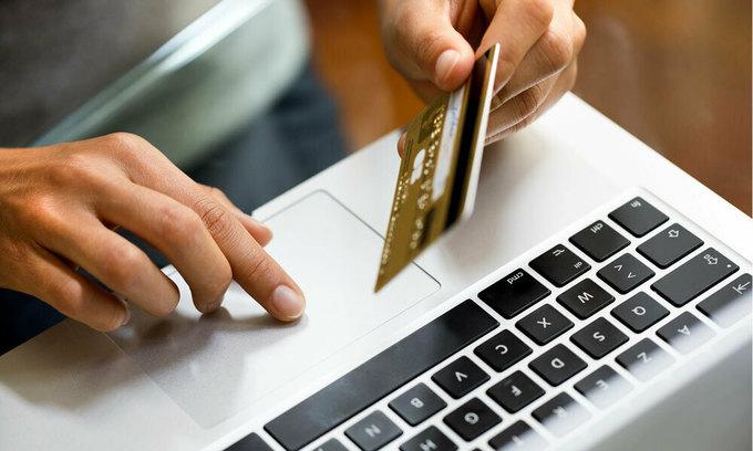 Despite Covid-19, Vietnam sees no online shopping surge