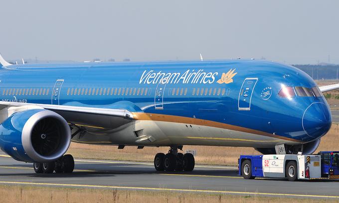 Vietnam Airlines to suspend all international flights until April 30