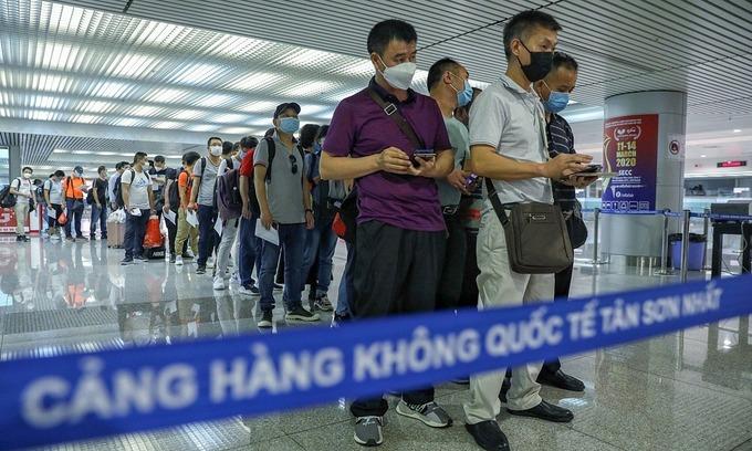 Vietnam suspends visa waivers for Belarus, Russia, Japan nationals