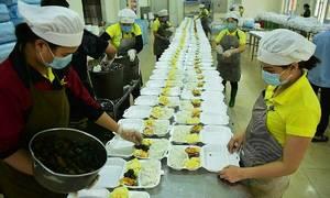 Hanoi military camp works hard to feed 700 Europe returnees