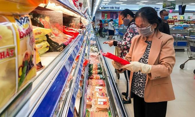 Saigon prepares food, supplies as Covid-19 spreads