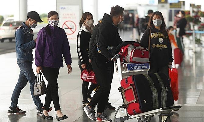Hanoi woman caught on plane trying to flee quarantine