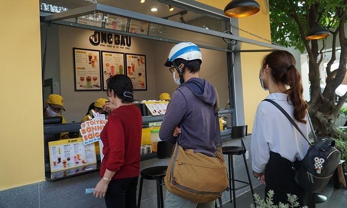 Only takeaways, Saigon tells eateries