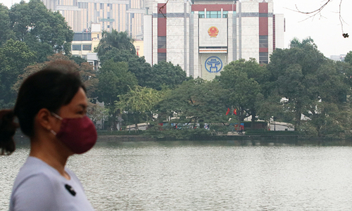 Hanoi mulls closing administrative offices in Covid-19 fight