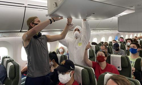 Vietnam sends 220 Europeans home
