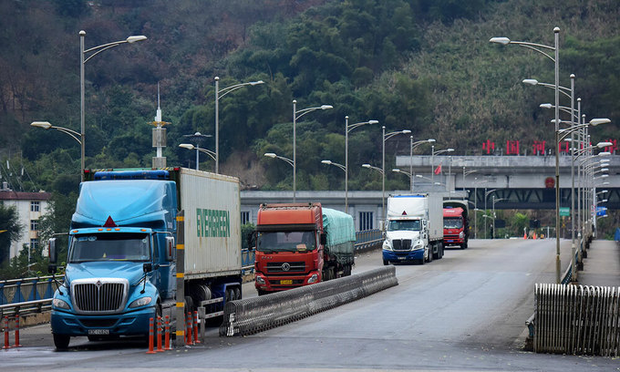 Vietnam restricts exports to China over stringent border controls