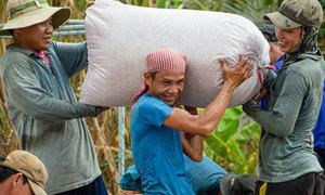 Vietnam lifts rice export ban