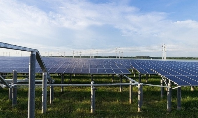 Solar power generation surges 28 times