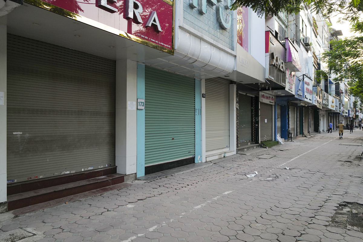Stores and shops are temporarily shut down