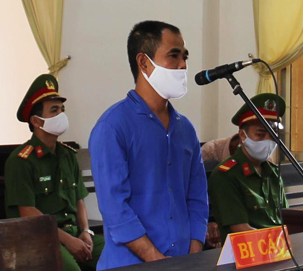Nguyen Van Thien at the Van Canh District Peoples Court, Binh Dinh Province. Photo by VnExpress/Thach Thao.