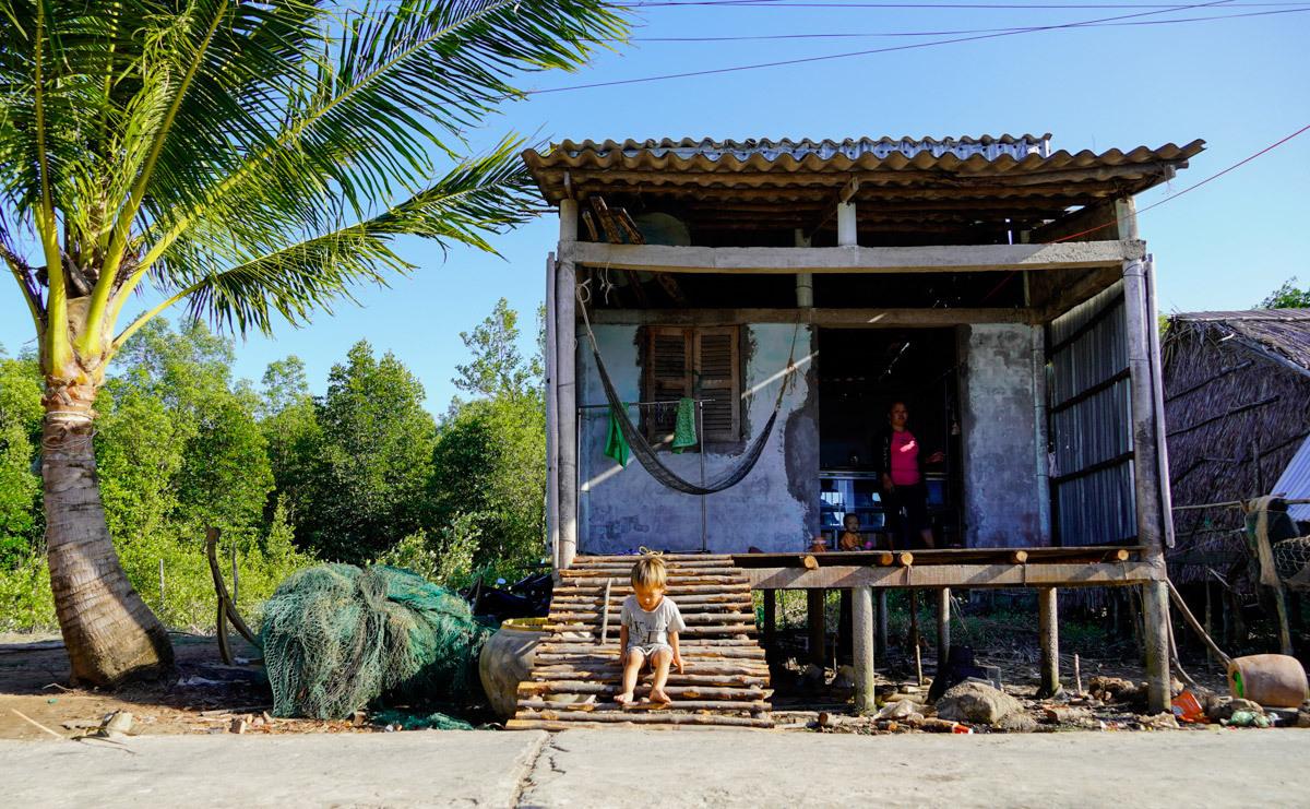 A doorless stilt house in Mui Village.Photo by VnExpress/Hoang Nam.