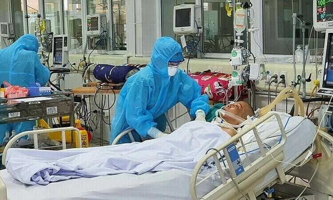 How Vietnam treats critical Covid-19 patients