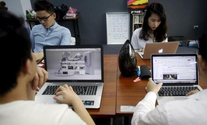 Over 90 pct of IT firms seek to hire more engineers