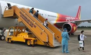 Vietnam repatriates 100 citizens from Indonesia