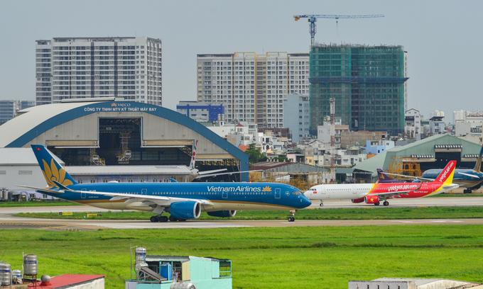 Vietnam plans more domestic flights as travel demand grows